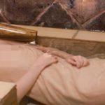 【放送事故】秘湯ロマンで温泉の透明度が高くてアソコが見えちゃうエチエチ入浴wwwwww
