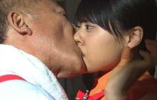 【画像大量】有村架純さんの胸&パンチラに限界濡れ場、乳首にジャニーズキス画像まで!